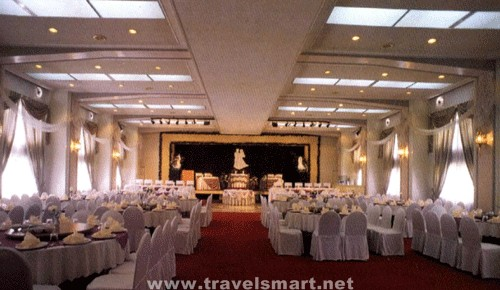 Hotel Supreme Convention Plaza Travelsmart Net