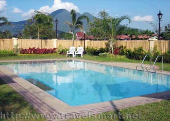 Microtel inns suites sto tomas batangas philippines travelsmart net for Baguio country club swimming pool