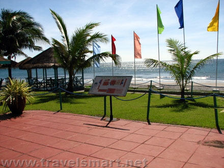 The waterfront beach resort travelsmart net for Beach resort in bataan with swimming pool
